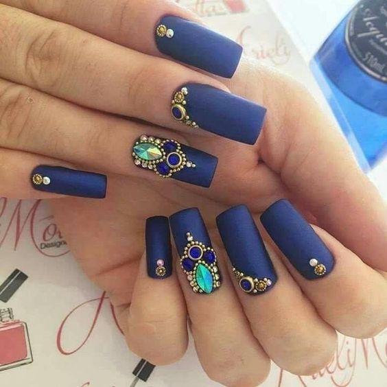 Unhas Decoradas Azuis Com pedras