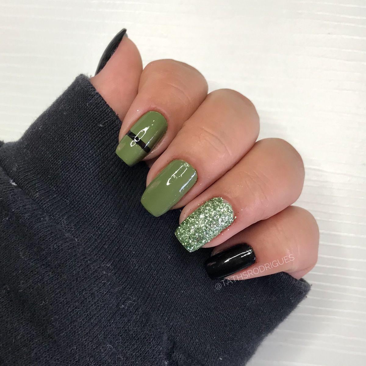 Unhas Decoradas Verde E preto